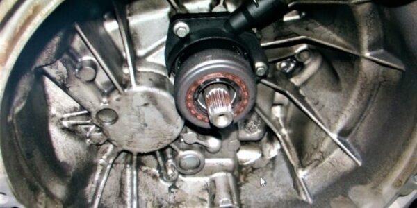 Замена выжимного подшипника сцепления Форд Фокус 2 3 Фьюжн 1.6 1.8 2.0 техцентр Сатон Ставрополь