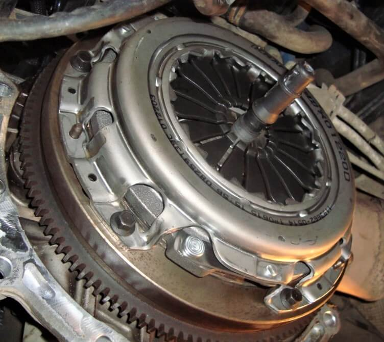 Замена сцепления Форд Фокус 2 Фокус 3 1.6 1.8 2.0 Фьюжен техцентр Сатон Ставрополь
