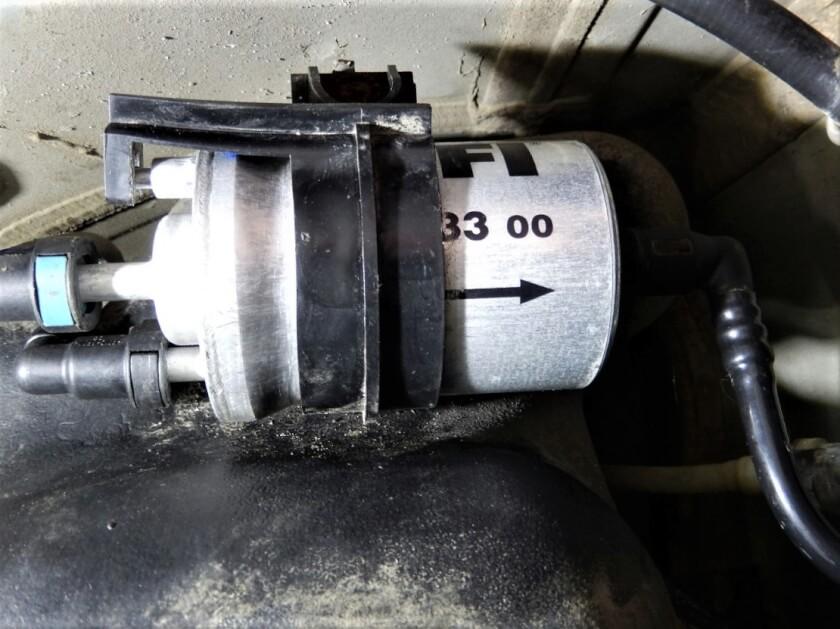 Фольксваген Поло седан 1.4 1.6 замена топливного фильтра бензин Техцентр Сатон г. Ставрополь